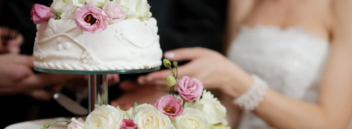 wedding_day_cake_soft_bride_white_pastel_hd-wallpaper-1607573